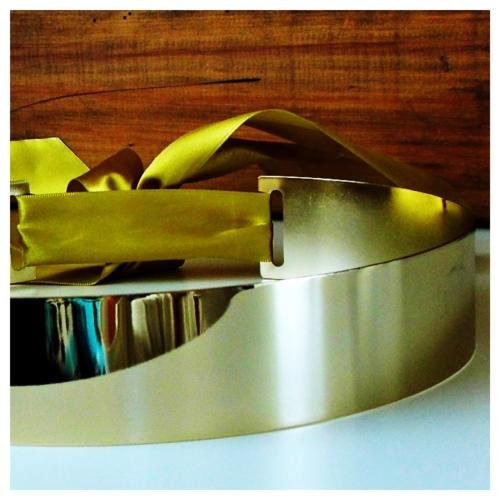 cinto-dourado-placa (1)